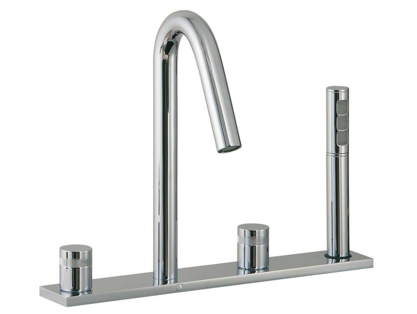 4 hole bathtub set with hand shower X-CHANGE | Bathtub set with plate by Rubinetterie 3M