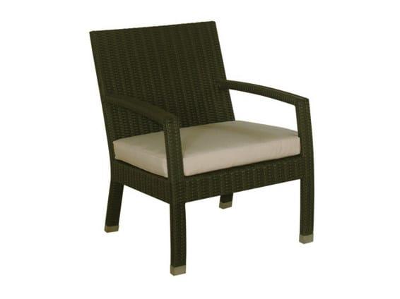 Synthetic fibre garden armchair with armrests SENTOSA | Garden armchair by Il Giardino di Legno