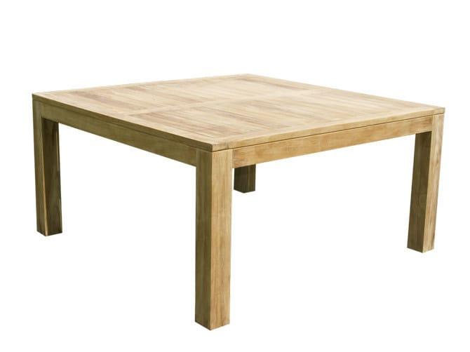 Square wooden garden table ELEGANCE | Square garden table by Il Giardino di Legno