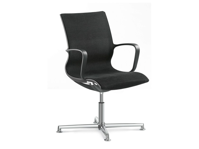 Chair with 4-spoke base with armrests EVERYDAY | Chair with 4-spoke base by LD Seating