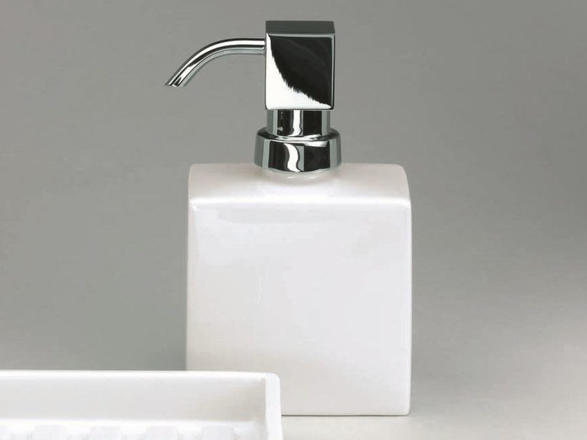 Porcelain liquid soap dispenser DW 6260 by DECOR WALTHER