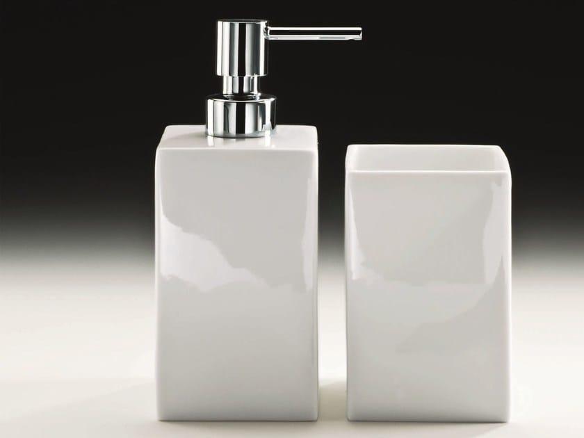 Porcelain liquid soap dispenser DW 6270 by DECOR WALTHER