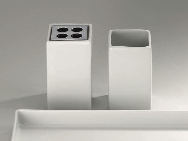 Porcelain toothbrush holder DW 608 by DECOR WALTHER