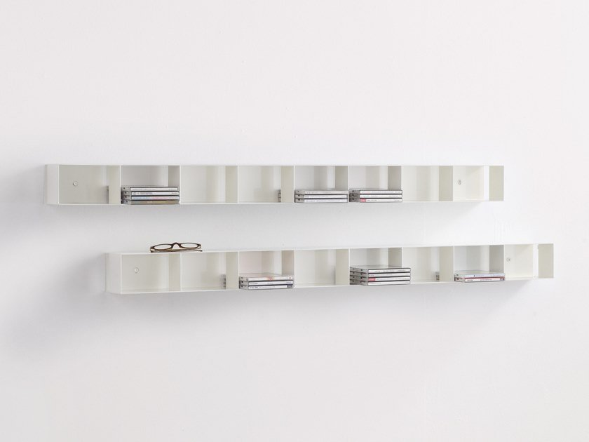 Wall-mounted floating powder coated steel bookcase LUFT by MOX