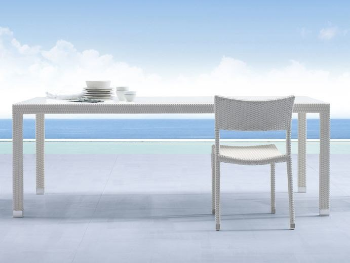 Rectangular aluminium garden table PAPAYA | Glass and aluminium garden table by Roberti Rattan