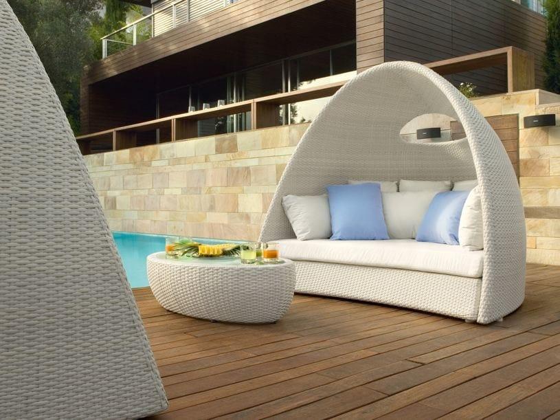 Igloo-shaped aluminium garden sofa IGLOO | Garden sofa by Roberti Rattan