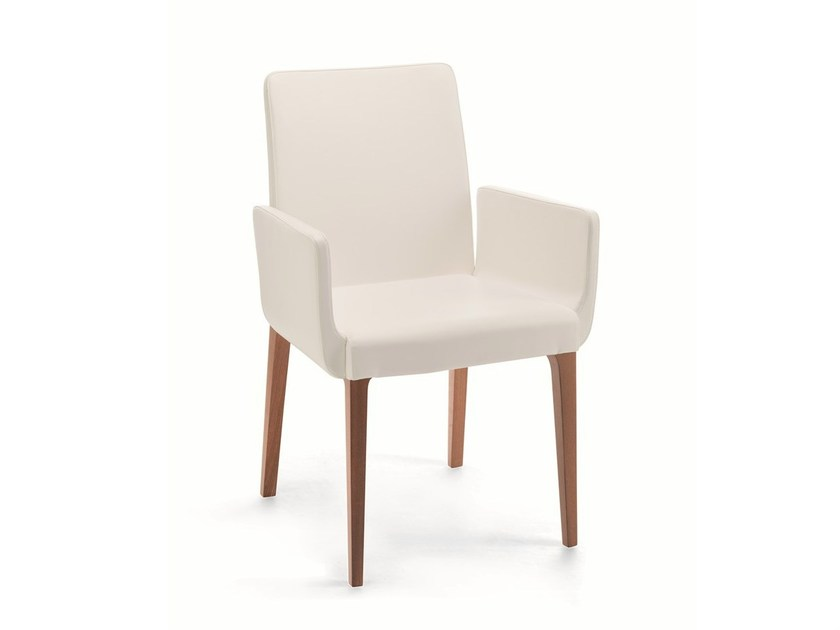 Leather chair with armrests ZOE | Chair with armrests by Cizeta L'Abbate