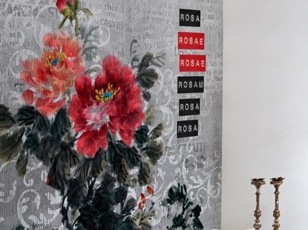 Wallpaper with floral pattern ROSA ROSAE by Wall&decò
