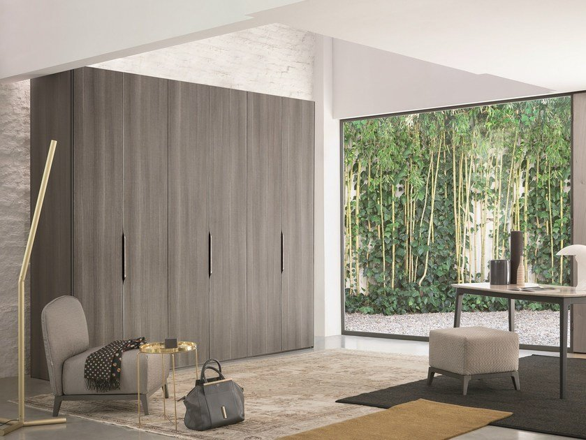 Sectional wardrobe GUARDAROBA 16.32 by Flou