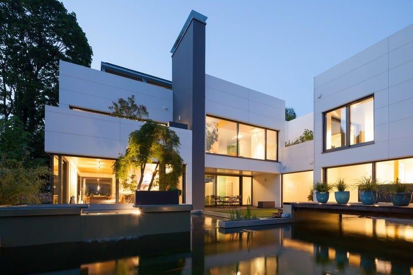 HI-MACS® Villa Wiese - Design: Volker Wiese - Authorised HI-MACS® fabricator: Kiebitzberg GmbH & Co.KG, Kloepfer Surfaces - Photo credits: ©Dirk Wilhelmy