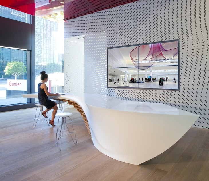 HI-MACS® SLO_GEN table - ©Gensler Los Angeles