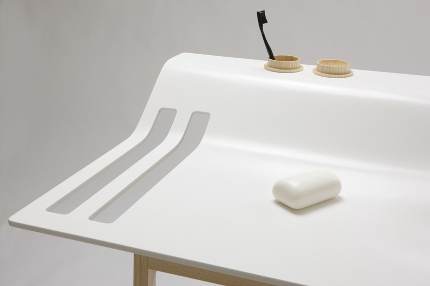 HI-MACS® Project: Private Space Furniture - Design: Jannis Ellenberger, Ellenbergerdesign, Germany - Fabricator: Volante gmbh - Material: HI-MACS® Alpine White S28 - Photographer: Alexander Fanslau