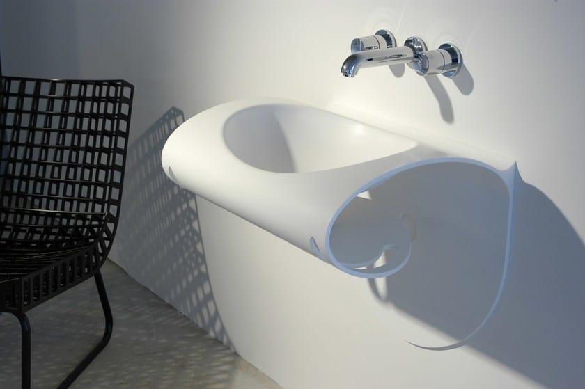 HI-MACS® LagoonTM - design  ZDENEK PUDIL - Fabrication Polytrade CE