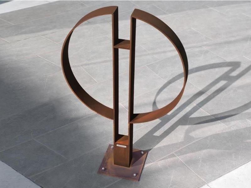 Steel Bicycle rack CAFÈ | Bicycle rack by Metalco