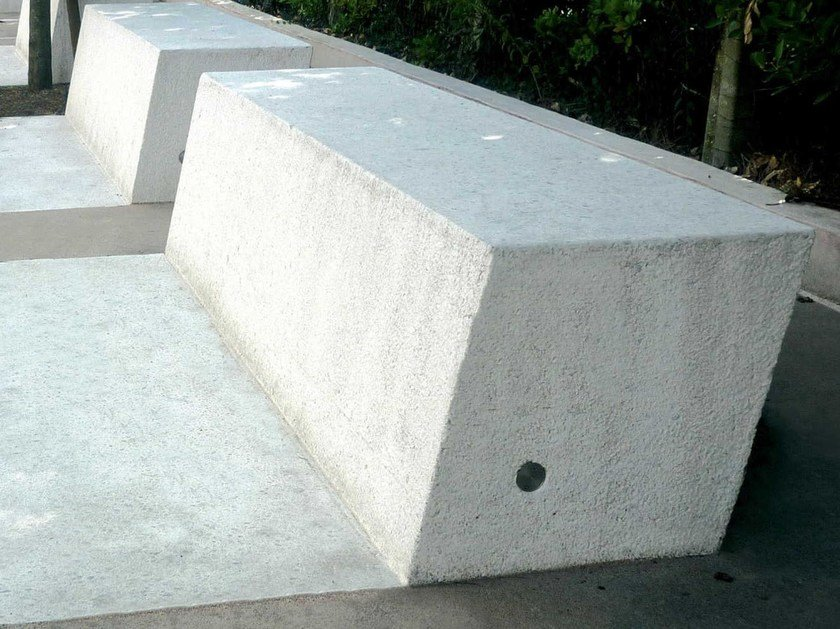 Reconstructed stone Bench ANASTASIO by Metalco