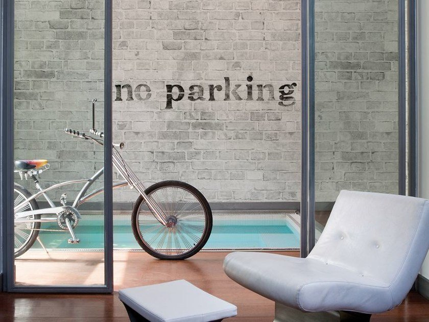Brick-effect writing NO PARKING by Wall&decò