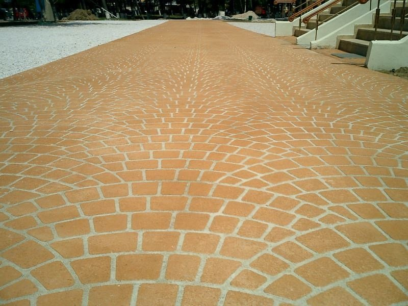 Pavimentazioni in cemento a basso spessore decotop spray stone