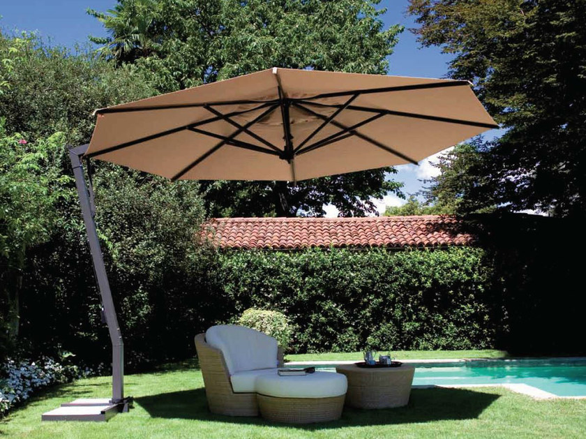 Offset adjustable Garden umbrella CAPRI GRAPHITE by FIM