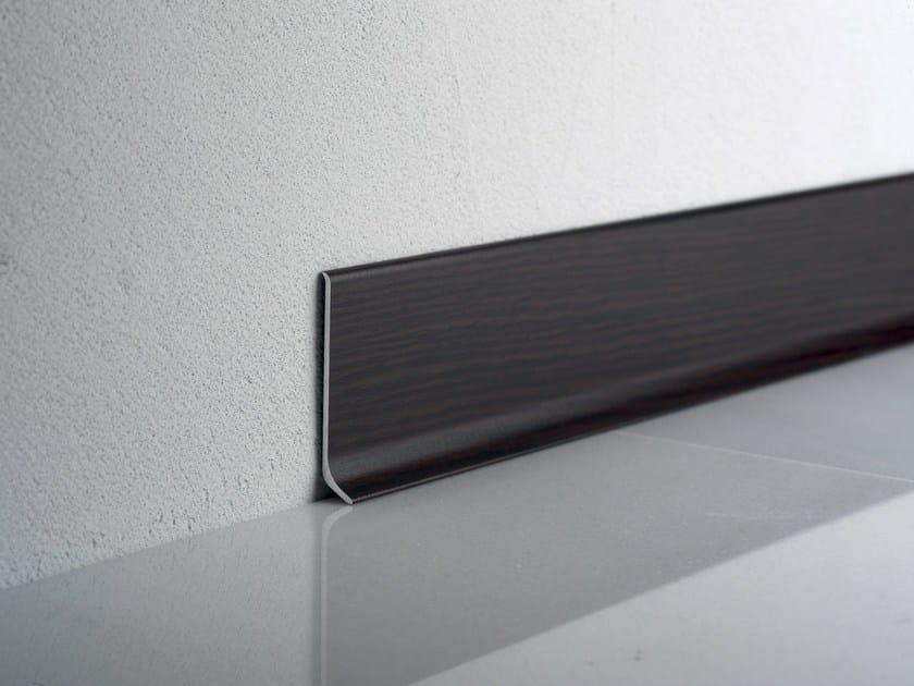 Battiscopa in alluminio effetto legno wengè BA 600