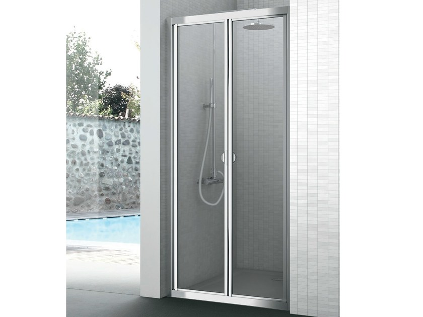 Crystal shower cabin with folding door EASY | Shower cabin with folding door by Gruppo Geromin