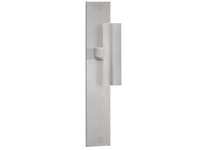 Stainless steel door handle on back plate TWO | Stainless steel door handle by Formani