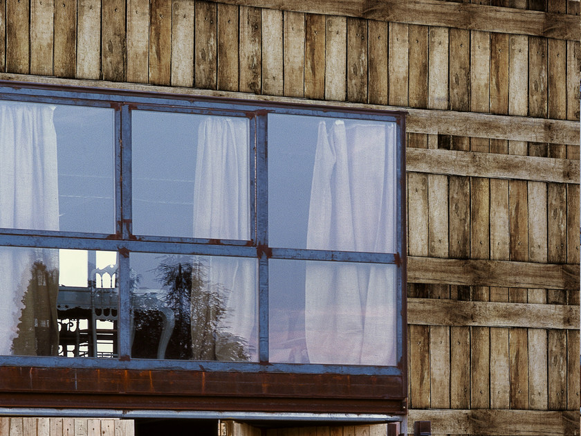 Wood effect outdoor wallpaper WOODEN by Wall&decò