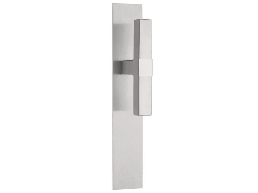 Stainless steel door handle on back plate VOLUME   Door handle on back plate by Formani