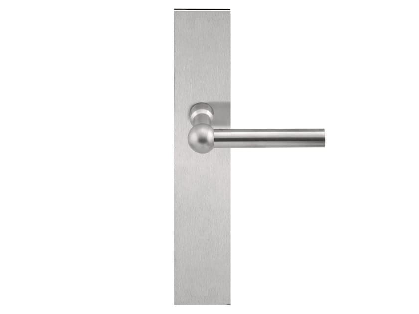 Stainless steel door handle on back plate FERROVIA | Door handle by Formani