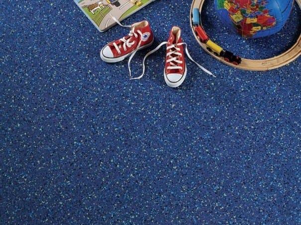 Antibacterial anti-static vinyl flooring TARALAY PREMIUM COMFORT by gerflor