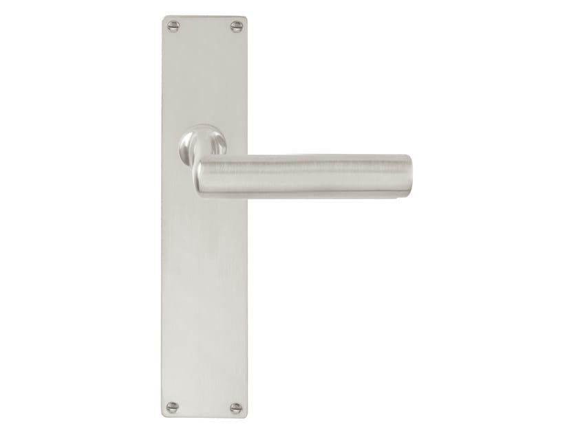 Nickel door handle on back plate TIMELESS 1929 | Door handle on back plate by Formani