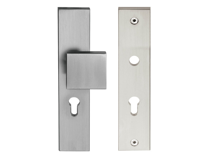 Nickel door knob on back plate TIMELESS | Door knob on back plate by Formani