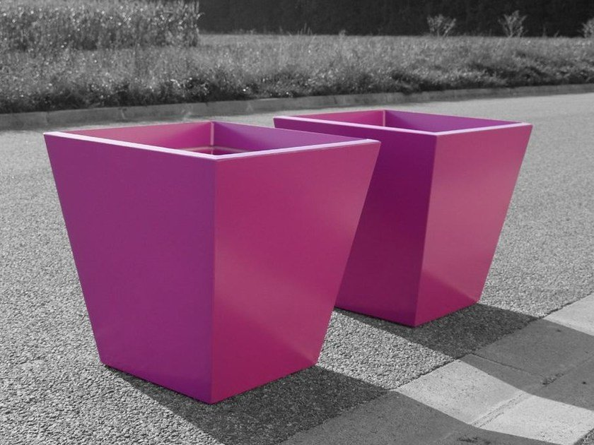 Fiber cement planter IPE by IMAGE'IN