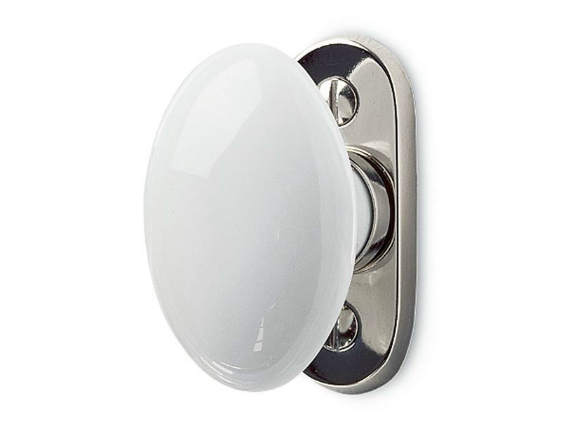 Cremone handle on back plate 159843   White porcelain window olive by THPG