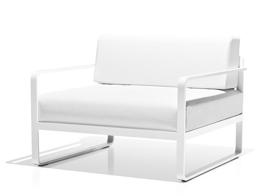 Vinytex garden armchair with armrests SIT | Garden armchair by Bivaq