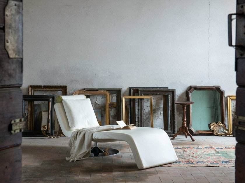 Armchair / lounge chair LUNA | Leather lounge chair by Minimomassimo