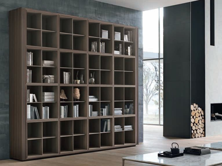 Wall-mounted wooden bookcase TRATTO | Bookcase by ALIVAR