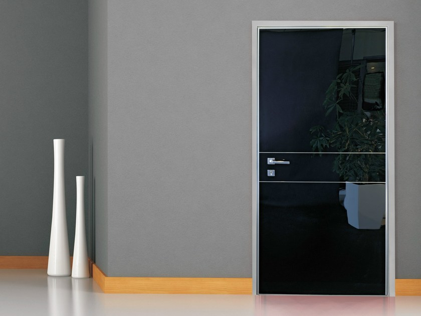 Safety door with concealed hinges FILO TELAIO by OMI ITALIA