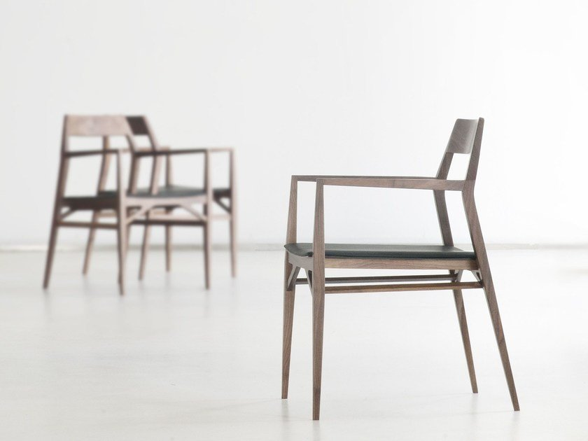 Beech chair with armrests AYA by Branca Lisboa