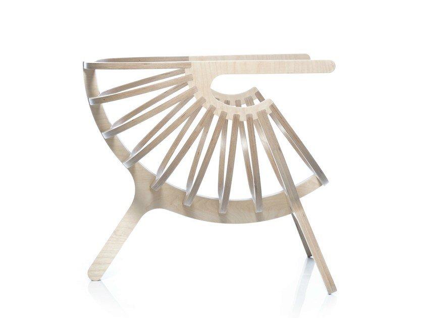 Multi-layer wood easy chair with armrests SHELL CHAIR by Branca Lisboa