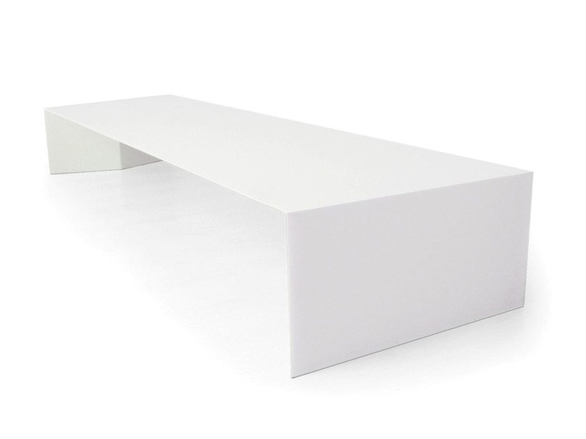 Lacquered rectangular coffee table ARCH | Lacquered coffee table by Branca Lisboa
