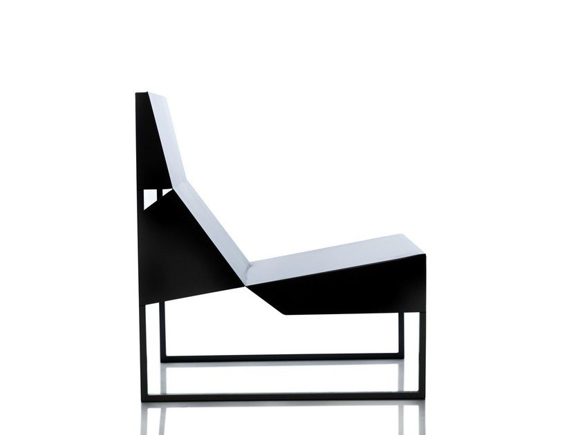 Sled base stainless steel easy chair PAPER CHAIR by Branca Lisboa