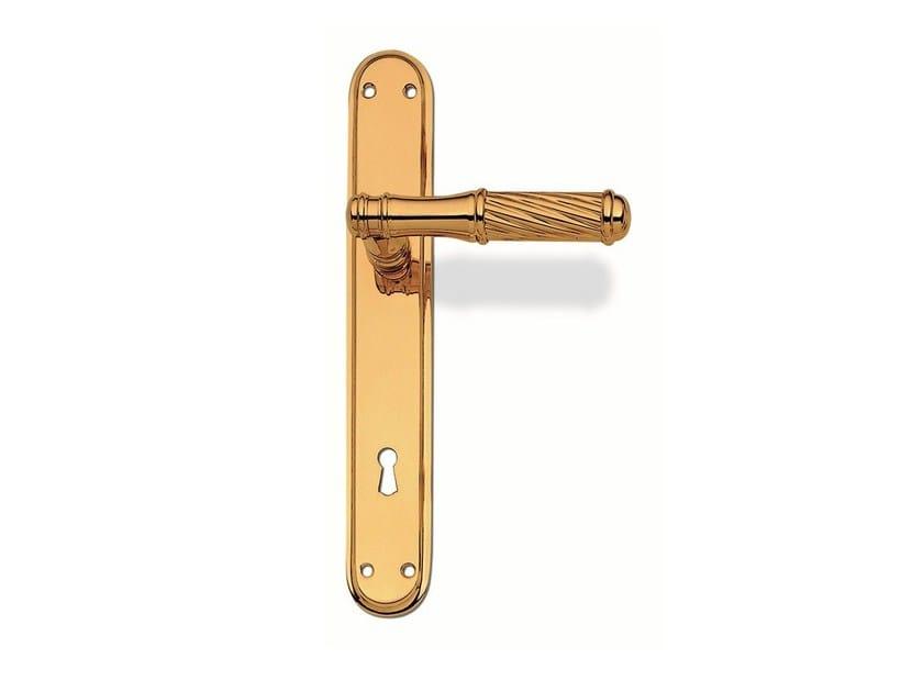 Brass door handle C17310 - LILLY   Brass door handle by Enrico Cassina