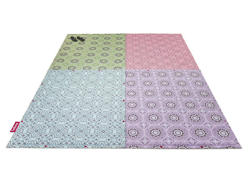 Patterned rectangular outdoor rugs FLYING CARPET by Fatboy