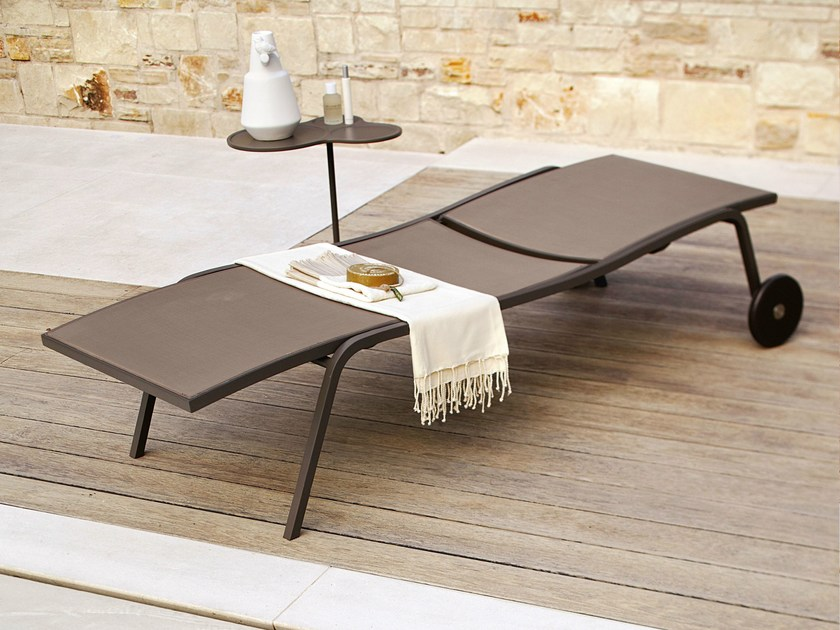 Recliner garden daybed with Casters SAMBA RIO   Garden daybed with Casters by Roberti Rattan