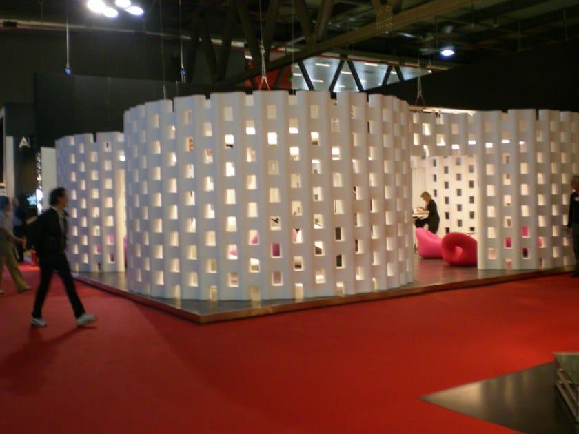 Allestimenti stand in EPS Produzione elementi stand su disegno dell'arch. R. Giovanetti
