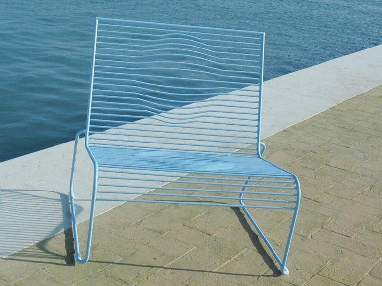 Sled base powder coated steel garden armchair GRID | Garden armchair by CIACCI