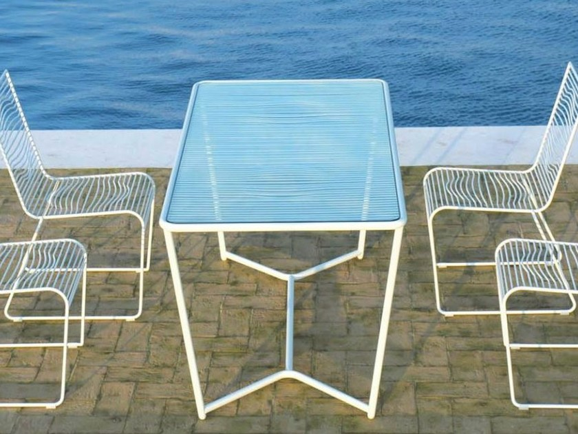 Rectangular powder coated steel garden table GRID | Garden table by CIACCI