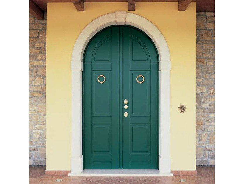 Arched exterior safety door Safety door by CARMINATI SERRAMENTI