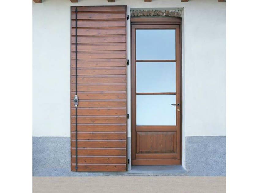 Pine panel shutter Pine panel shutter by CARMINATI SERRAMENTI