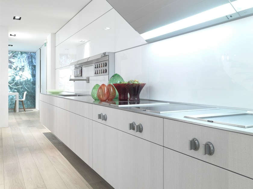 Oak fitted kitchen B3 | Linear kitchen by Bulthaup